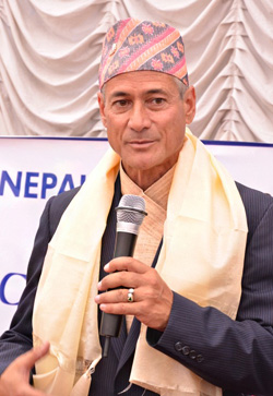 Greg Louganis learns about HIV prevention project, Saath-Saath, in Nepal.