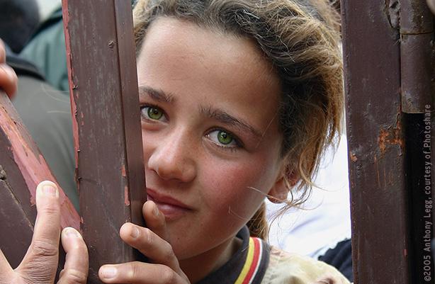 A Yazidi girl smiling