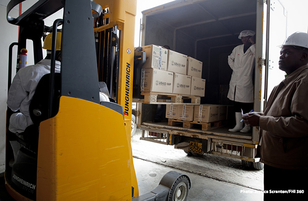 workers loading boxes